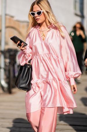 Фото №10 - Пора в пастель: как носить самые нежные оттенки сезона