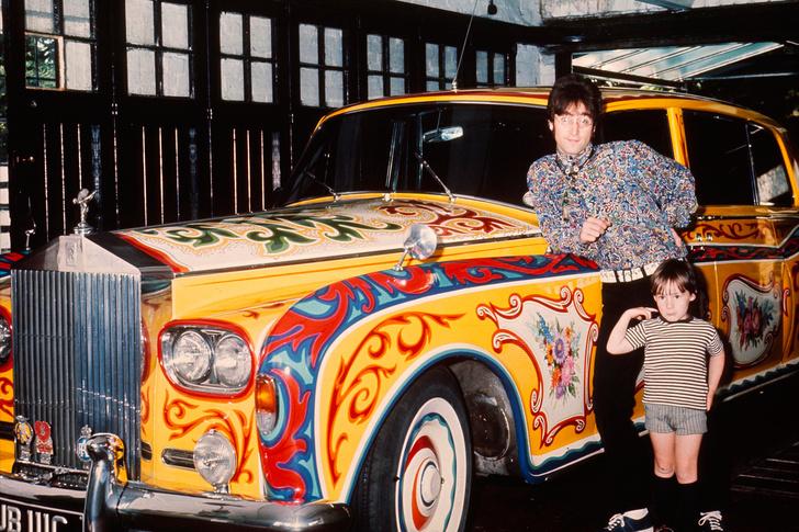 Фото №4 - «Бэйби, ю кэн драйв май кар». Главные автомобили в жизни Джона Леннона