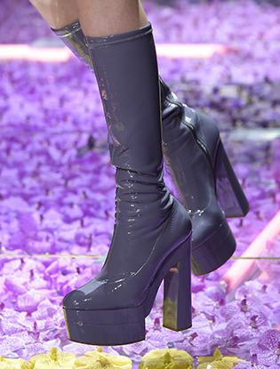 Фото №29 - Неделя Высокой Моды в Париже: Atelier Versace FW2015/16