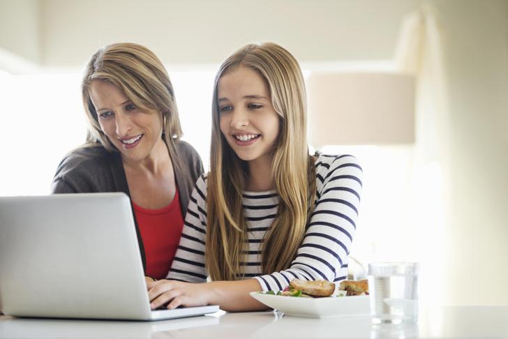 Фото №3 - Как уговорить родителей отпустить тебя в поездку с подругой: 5 лучших приемов