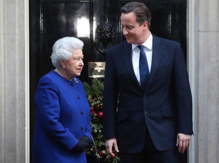 Фото №1 - Букингемский дворец недоволен откровениями бывшего премьер-министра