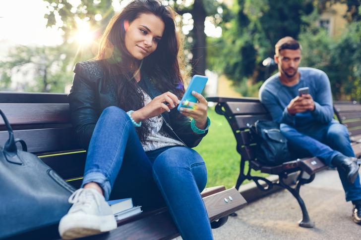 Фото №1 - 10 лайфхаков, как распознать обманщика на сайте знакомств