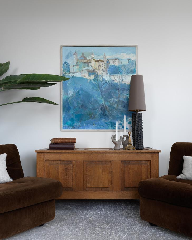Фото №10 - Современная квартира с винтажной мебелью