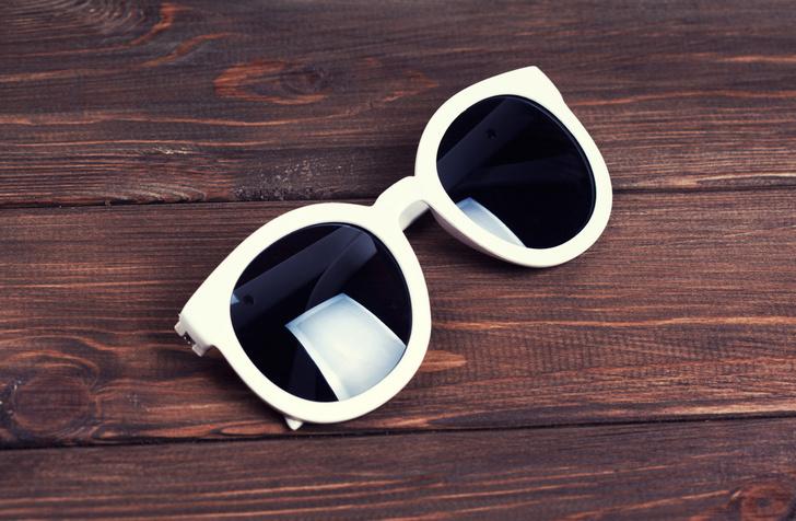 Фото №1 - Дешевые солнцезащитные очки защищают не хуже дизайнерских