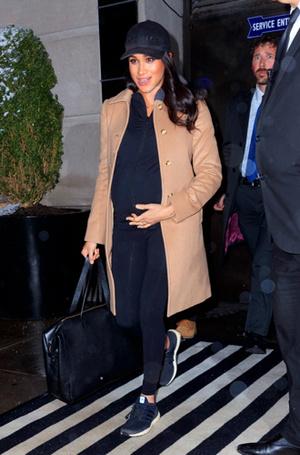 Фото №8 - Стильная беременность Меган Маркл: главные модные предпочтения герцогини