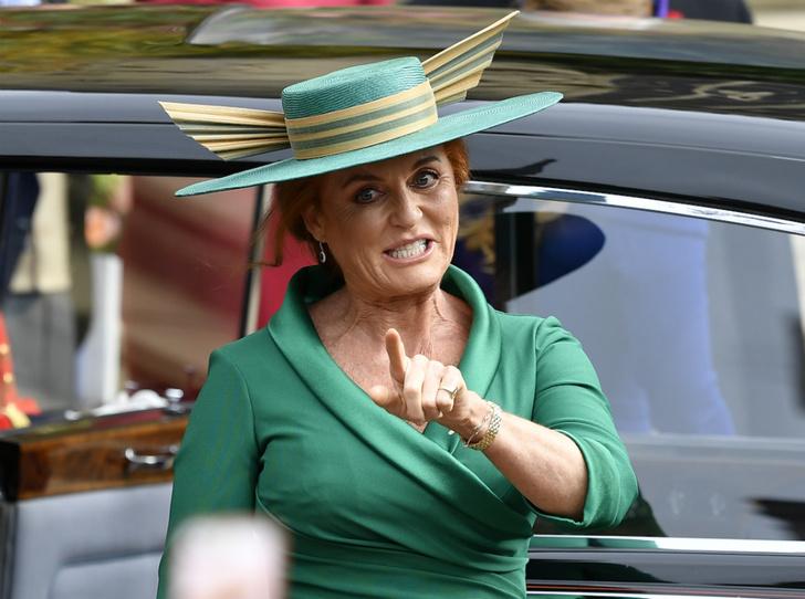 Фото №1 - Почему Сара Фергюсон «беспокоится» за герцогиню Меган