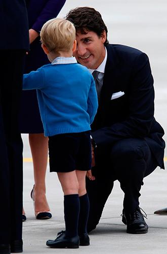 Фото №14 - Принц Джордж, принцесса Шарлотта и Кейт Миддлтон стали звездами канадского тура