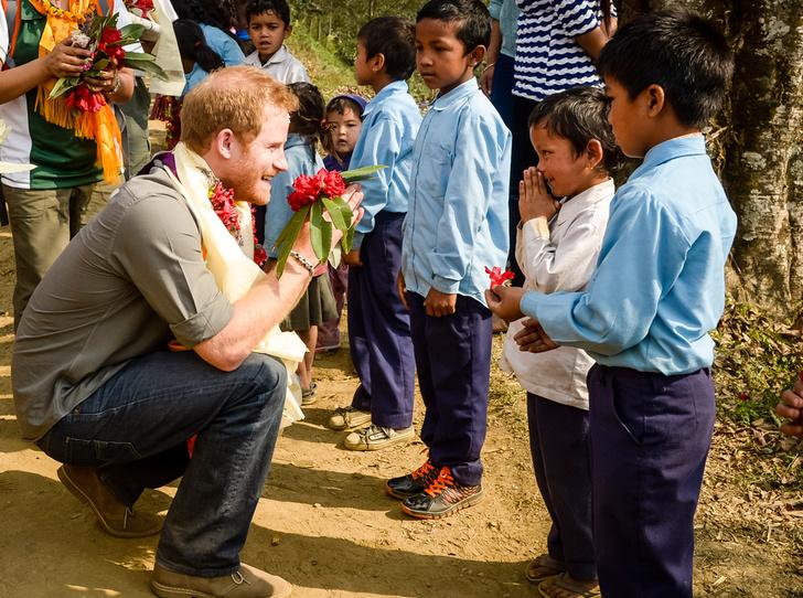 Фото №9 - 25 фотодоказательств, что принц Гарри будет отличным отцом