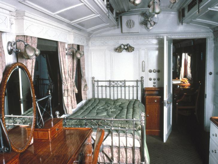 Фото №8 - Тайные комнаты: как выглядят спальни Виндзоров