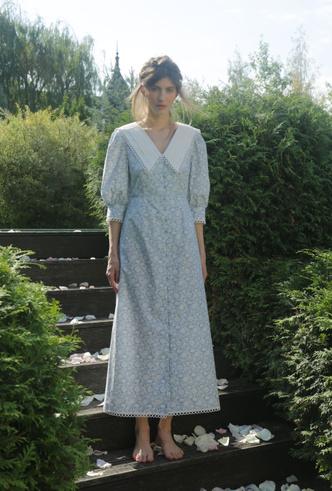 Фото №9 - Для дома и на выход: 10 платьев, которые пригодятся вам на карантине и после