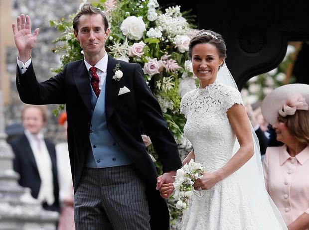 Фото №18 - Самые красивые и деятельные жены миллионеров
