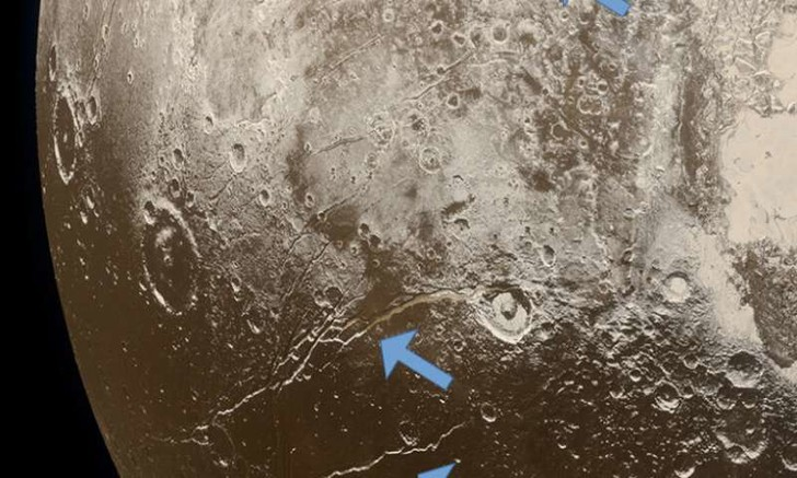 Фото №1 - Плутон был покрыт океаном