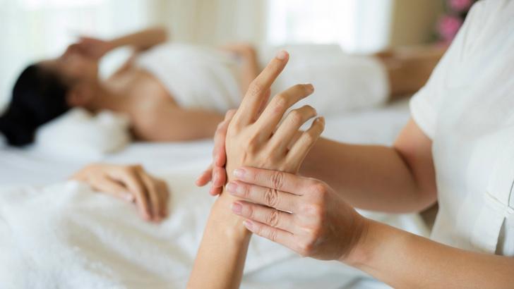 Фото №6 - Что делать, если руки выдают ваш возраст: бьюти-хаки от экспертов