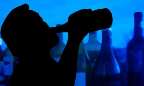 Фото №1 - Чайная ложка. Нарколог назвал безвредную дозу алкоголя