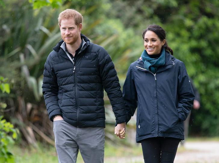 Фото №6 - Сбежали из дворца: чем грозит уход Гарри и Меган из БКС, и как изменится их жизнь