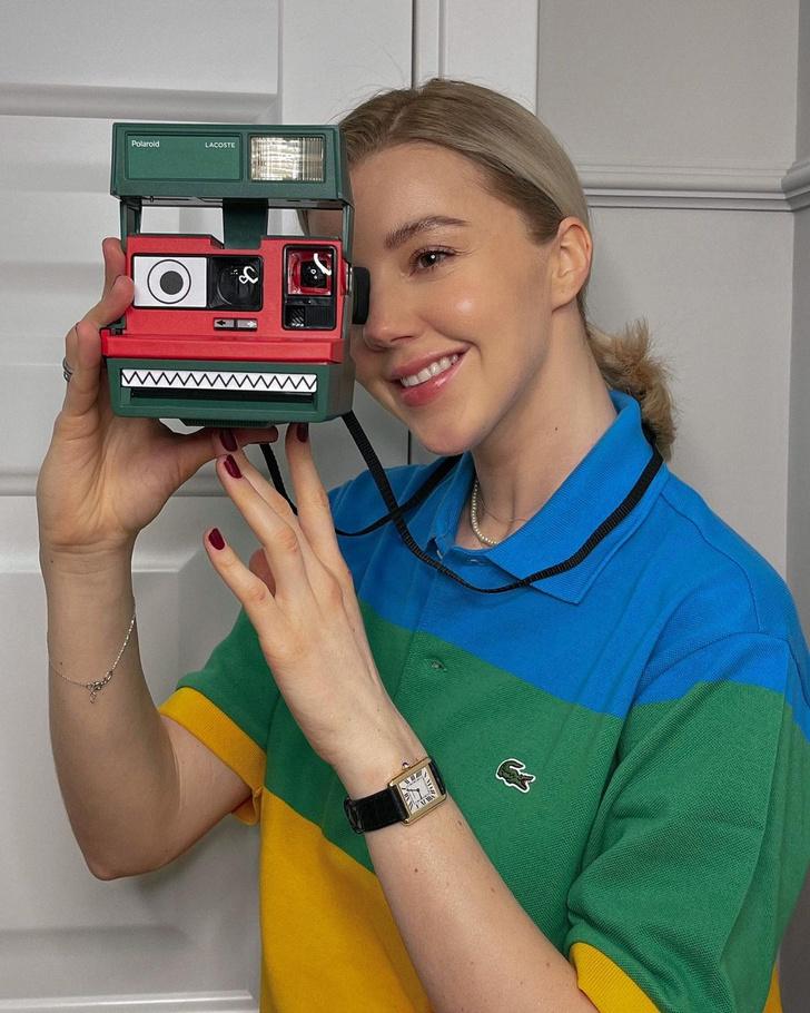 Фото №1 - Яркая коллаборация Lacoste и Polaroid