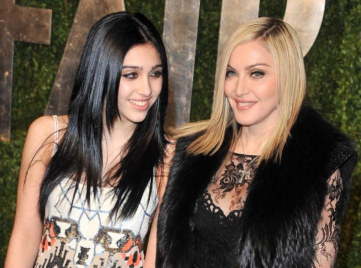 Фото №14 - Как две капли: звездные дочки, которые очень похожи на своих мам