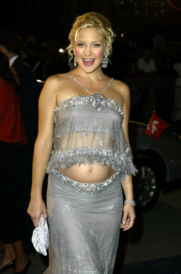 Фото №3 - Звезды, которые жутко растолстели за беременность: 10 фото