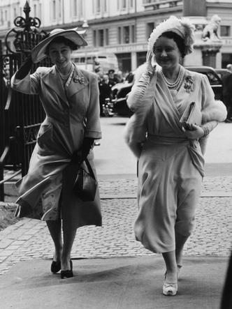 Фото №2 - Конфликт интересов: почему королева-мать была не рада тому, что ее дочь взошла на престол