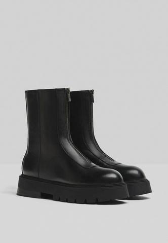 Фото №1 - Что купить на весну: самая модная обувь 2021-го года 😎