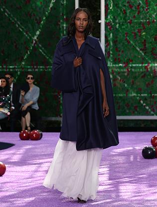 Фото №35 - Неделя Высокой моды в Париже: Dior Couture AW2015/16