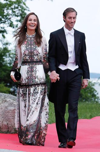 Фото №20 - Самые красивые и деятельные жены миллионеров