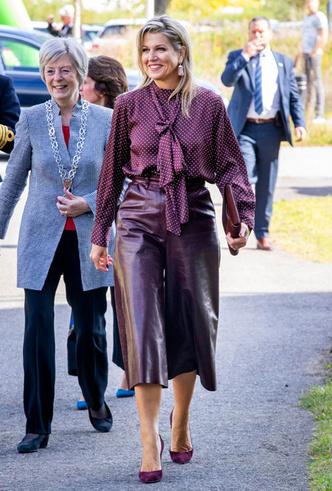 Фото №8 - Бунтарки: как королевские особы носят кожаные вещи