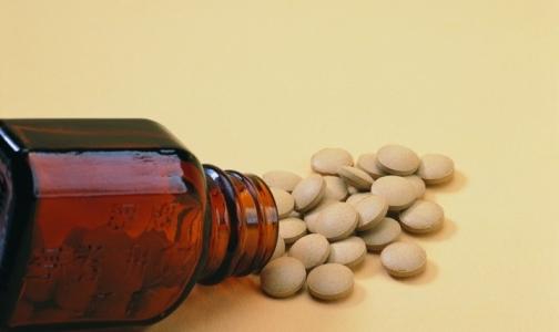 Фото №1 - Список лекарств, которые разрешат закупать по торговым наименованиям, еще не сформирован