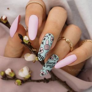 Фото №2 - Маникюрный ликбез: что такое стемпинг для ногтей 💅
