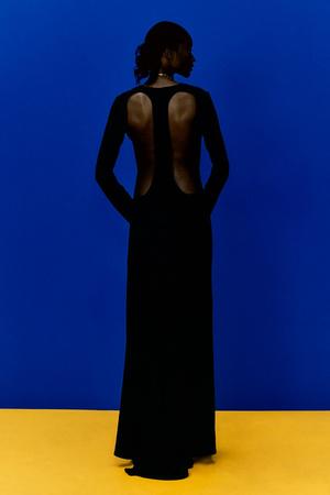 Фото №5 - Полный гид по самым модным платьям для весны и лета 2021