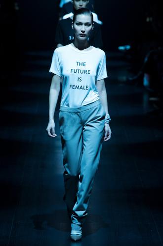 Фото №3 - От принта: какую футболку надеть, чтобы быть в тренде