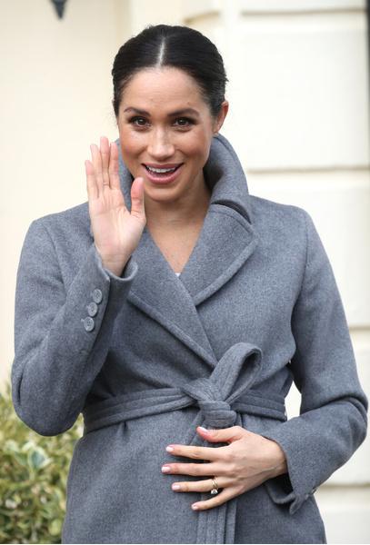 Фото №1 - СМИ: Меган Маркл ждет второго ребенка и уже сообщила об этом королеве