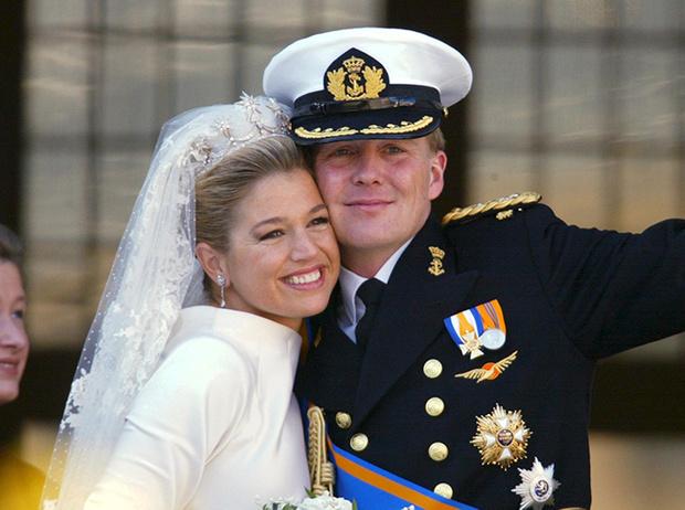 Фото №66 - Самые трогательные моменты королевских свадеб (о Гарри и Меган мы тоже не забыли)