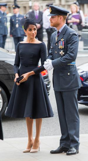 Фото №19 - Герцогиня Меган тратит на наряды больше герцогини Кейт