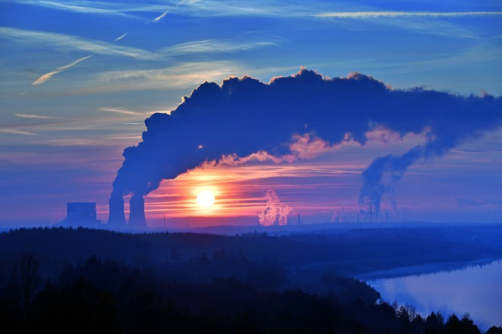 Фото №1 - Рост выбросов углекислого газа начал замедляться
