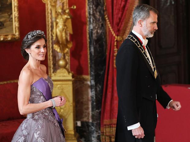 Фото №20 - Королевская метаморфоза: как изменилась Летиция Ортис за 16 лет рядом с Филиппом VI