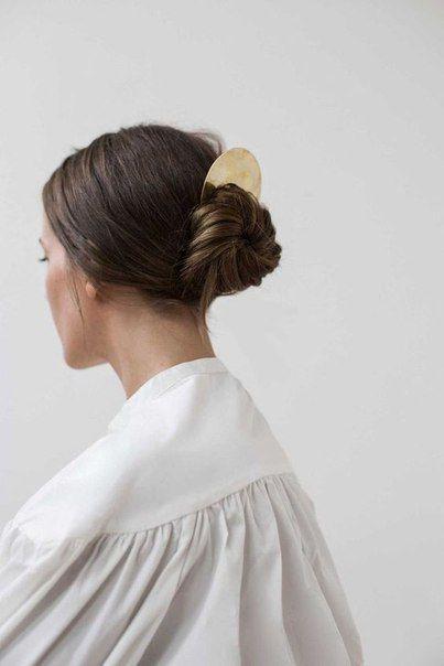 Фото №10 - Соберите волосы: 10 простых причесок для жары
