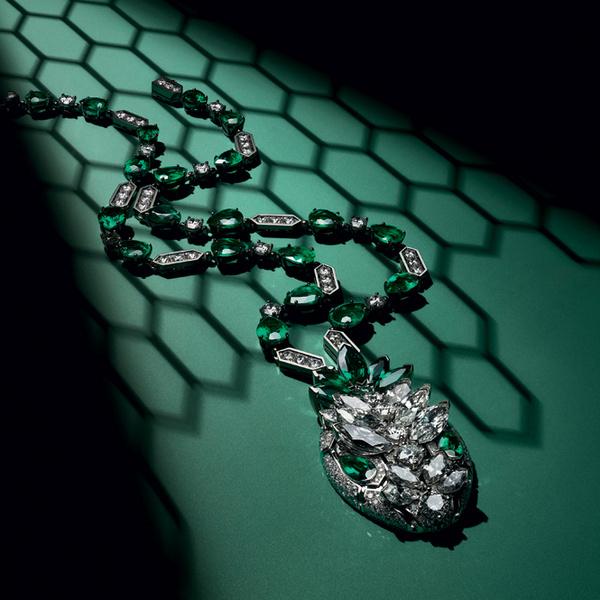 Фото №8 - Глаза змеи: новая ювелирная коллекция Bulgari