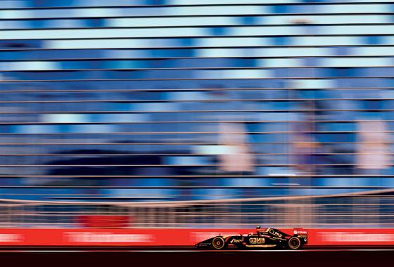 Фото №1 - Цирк на колесах: за кулисами «Формулы-1»