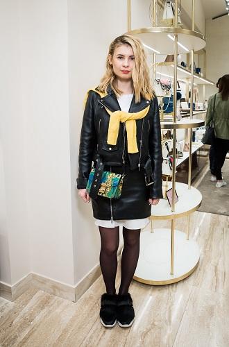 Фото №4 - История моды в аксессуарах: Furla создала машину времени