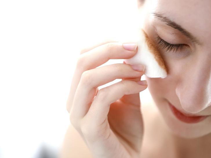 Фото №3 - Демакияж глаз: 6 ошибок, которые вредят коже