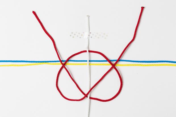 Фото №5 - Мастер-класс: Плетем фенечки