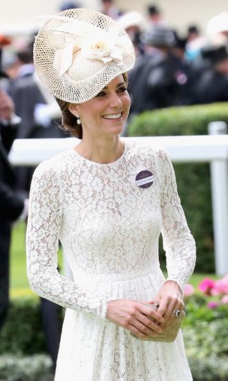Фото №7 - Чья шляпа лучше: герцогиня Кембриджская и другие на Royal Ascot 2017
