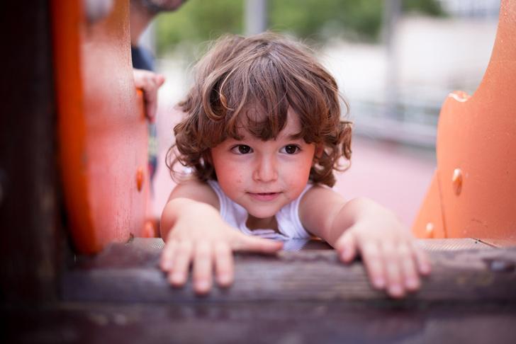 Фото №2 - Конфликты на детской площадке: вмешиваться или нет