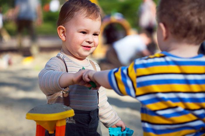 Фото №2 - Игры в песочнице: как сделать их полезными для ребенка