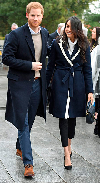 Фото №3 - Меган Маркл и принц Гарри приехали в Бирмингем