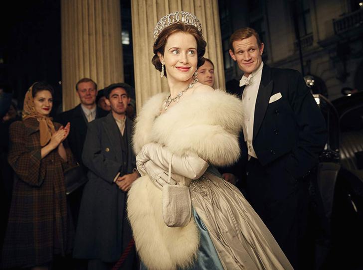 Фото №2 - Символ Елизаветы: образ британской королевы в кино и сериалах