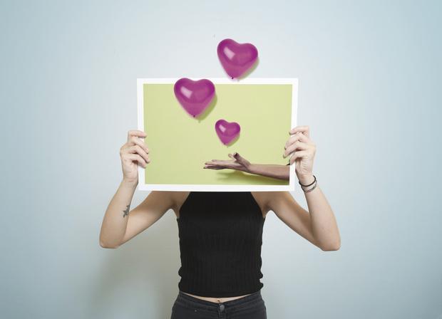 Фото №3 - На любой случай: 50 подписей для фото в Инстаграм ко Дню всех влюбленных