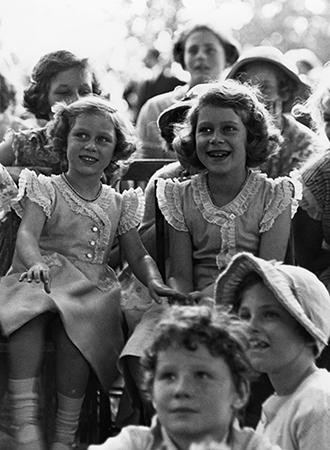 Фото №26 - Принцесса Лилибет: редкие детские фотографии Елизаветы II