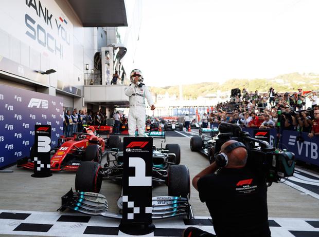 Фото №2 - Чем запомнился Гран-при «Формулы-1» в этом году